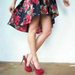 A saia mullet apresenta corte assimétrico, sendo mais curta na frente e comprida atrás. (Foto:Divulgação)