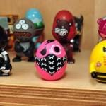 Coloridos e chamativos, os toy art são brinquedos de gente grande. (Foto:Divulgação)