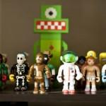 Os bonecos toy art atuam como objetos decorativos. (Foto:Divulgação)