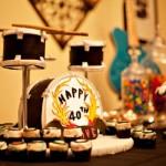 Festa de aniversário com tema Rock para comemorar 40 anos. (Foto:Divulgação)