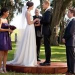 Em Love Wedding Marriage , Ava, personagem de Mandi Moore, usa um elegante vestido. (Foto: divulgação)