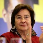 Ruth Cardoso foi primeira dama do Brasil entre 1995 e 2003, durante a gestão do marido, Fernando Henrique Cardoso. Deixou um grande legado de combate à pobreza e à exclusão social. (Foto: Divulgação)