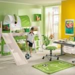 O futebol inspirou a decoração do quarto. (Foto:Divulgação)
