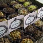 Nozes, castanhas e pistache são alguns dos ingredientes usados para fazer o brigadeiro gourmet. (Foto:Divulgação)