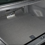 Porta-malas com capacidade para 520 litros (Foto: Divulgação)