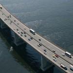 Esses veículos transportam cerca de 450.000 pessoas por dia, passando pela ponte (Foto: Divulgação)