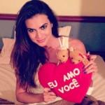 Renata Molinaro marca presença nas principais redes sociais. (Foto:Divulgação)