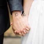 Tatuagens com formato de peça de quebra-cabeça. (Foto:Divulgação)