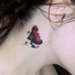 Tatuagem feminina discreta de coração. (Foto:Divulgação)