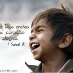 Crer em Deus é uma forma de se sentir mais feliz. (Foto:Divulgação)