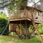 Construir uma casa na árvore é tarefa para quem entende do assunto (Foto: Divulgação)
