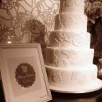 O bolo rendado é a nova tendência para casamentos. (Foto:Divulgação)
