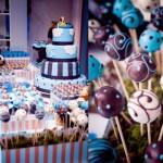 Festa de um ano decorada com o tema Ursinhos (marrom/azul). (Foto:Divulgação)