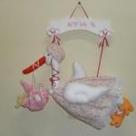 As segonhas também são muito utilizadas em enfeites de porta de maternidade (Foto: divulgação).