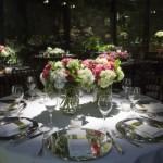 O centro de mesa normalmente é confeccionado com flores. (Foto:Divulgação)