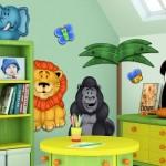 Animais ilustram a parede do quarto. (Foto:Divulgação)