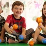 As crianças adoram ter um espaço para brincar no seu quarto (Foto: Divulgação)