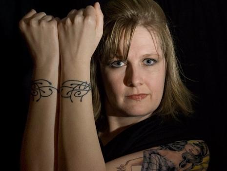 As tatuagens de pulso podem ser mais trabalhadas. (Foto:Divulgação)