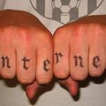 Tatuagem para os fãs da internet. (Foto:Divulgação)