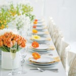 As mesas de jantar podem ser decoradas com flores (Foto: divulgação).