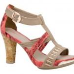 Modelos lindos de sandálias prometem muito sucesso no verão 2013 (Foto: divulgação).