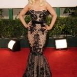 Cristina Aguilera chamou atenção com este vestido rendado. (Foto:Divulgação)