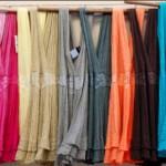 Os vestidos coloridos farão muito sucesso no Réveillon 2015. (Foto: divulgação)