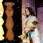 Gabriela instantes depois da coroação. (Foto:Divulgação)
