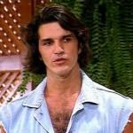 Rômulo Arantes interpretou o nadador na novela Brilhante. O detalhe é que ele era nadador na vida real e disputou três Olimpíadas (Foto: Divulgação)
