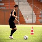 Bruno Gissoni é o jogador Iran, em Avenida Brasil (Foto: Divulgação)