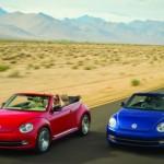 A Volkswagen divulgou os primeiros detalhes do Beetle Cabriolet, que será apresentado em novembro nos EUA (Foto: Divulgação)