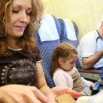 Viajar de avião com crianças: dicas
