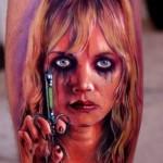 Mais uma personagem de filme de terror (Foto: Divulgação)
