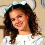"""Em """"Desejo Proibido"""" a atriz viveu Maria Augusta, a filha caçula do delegado interpretado por Cássio Gabus Mendes (Imagem: Divulgação)"""