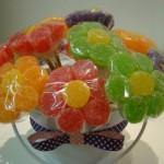 A decoração pode ser feita com doces. (Foto: divulgação)
