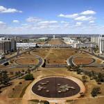 Os edifícios da Esplanada dos Ministérios foram projetados pelo arquiteto Oscar Niemeyer (Foto: Divulgação)