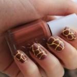 Estampa de girafa nas unhas. (Foto:Divulgação)