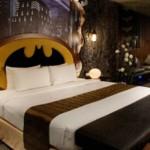 Batman inspirou a decoração do quarto. (Foto:Divulgação)