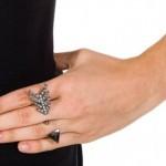 Anel de dois dedos.  (Foto:Divulgação)