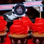 """Cupcakes para a festa """"Piratas do Caribe"""". (Foto:Divulgação)"""