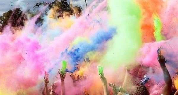É tradição escolher as cores das roupas, em função de seus significados (Foto: Divulgação)