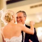 O pai da noiva deve estar bem trajado na cerimônia de casamento. (Foto: divulgação)