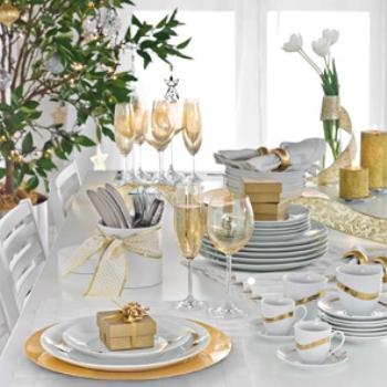 Dourado e branco na mesa de Ano Novo. (Foto:Divulgação)