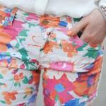 As calças coloridas devem ser usadas com cuidado. (Foto: divulgação)