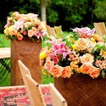 As flores acrescentam cor ao casamento. (Foto:Divulgação)