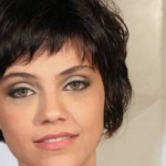 Franja de Letícia Persiles, típica para cabelo curto. (Foto:Divulgação)