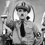 Charles Chaplin em 'O Grande Ditador'. (Foto: Divulgação)