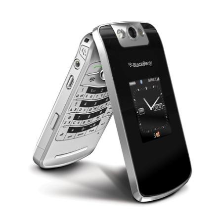 Blackberry Pearl 8220 Flip (Foto: divulgação)
