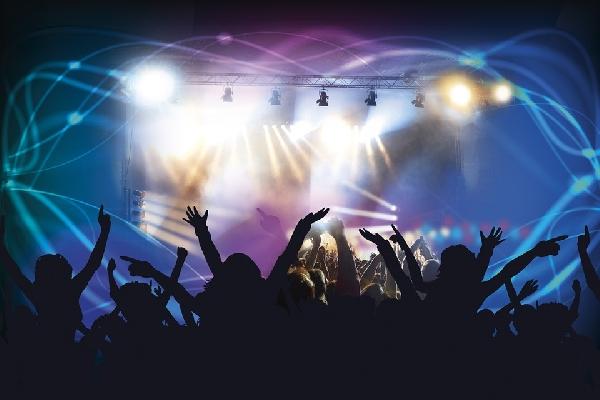 A formatura é rica em momentos especiais embalados por boa música (Foto Divulgação: Pixabay)