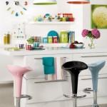 Peças coloridas deixam a cozinha mais descontraída. (Foto:Divulgação)